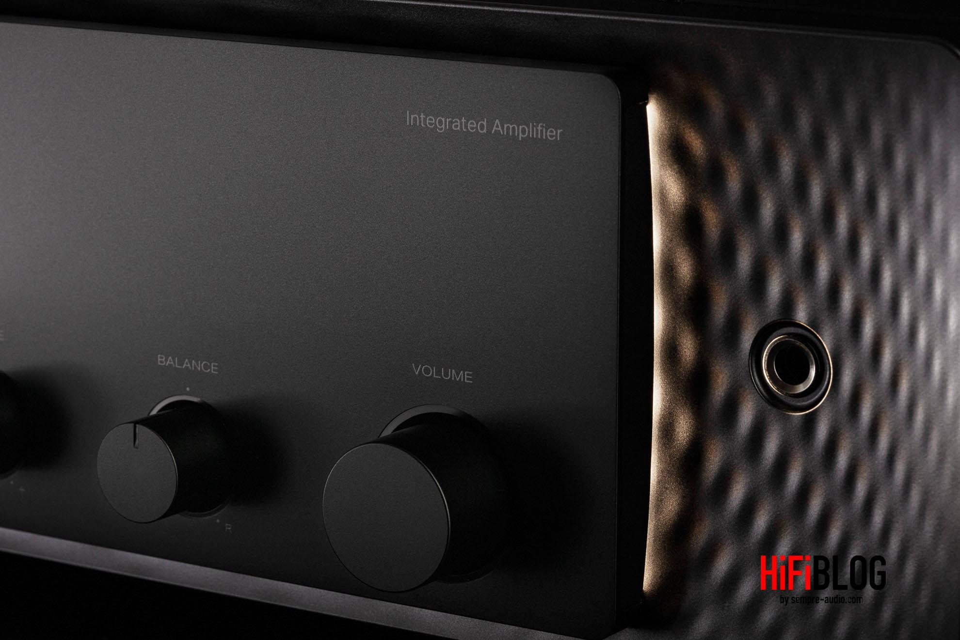 Marantz Model 30 Integrated Amplifier and SACD 30n Network SACD Player 3