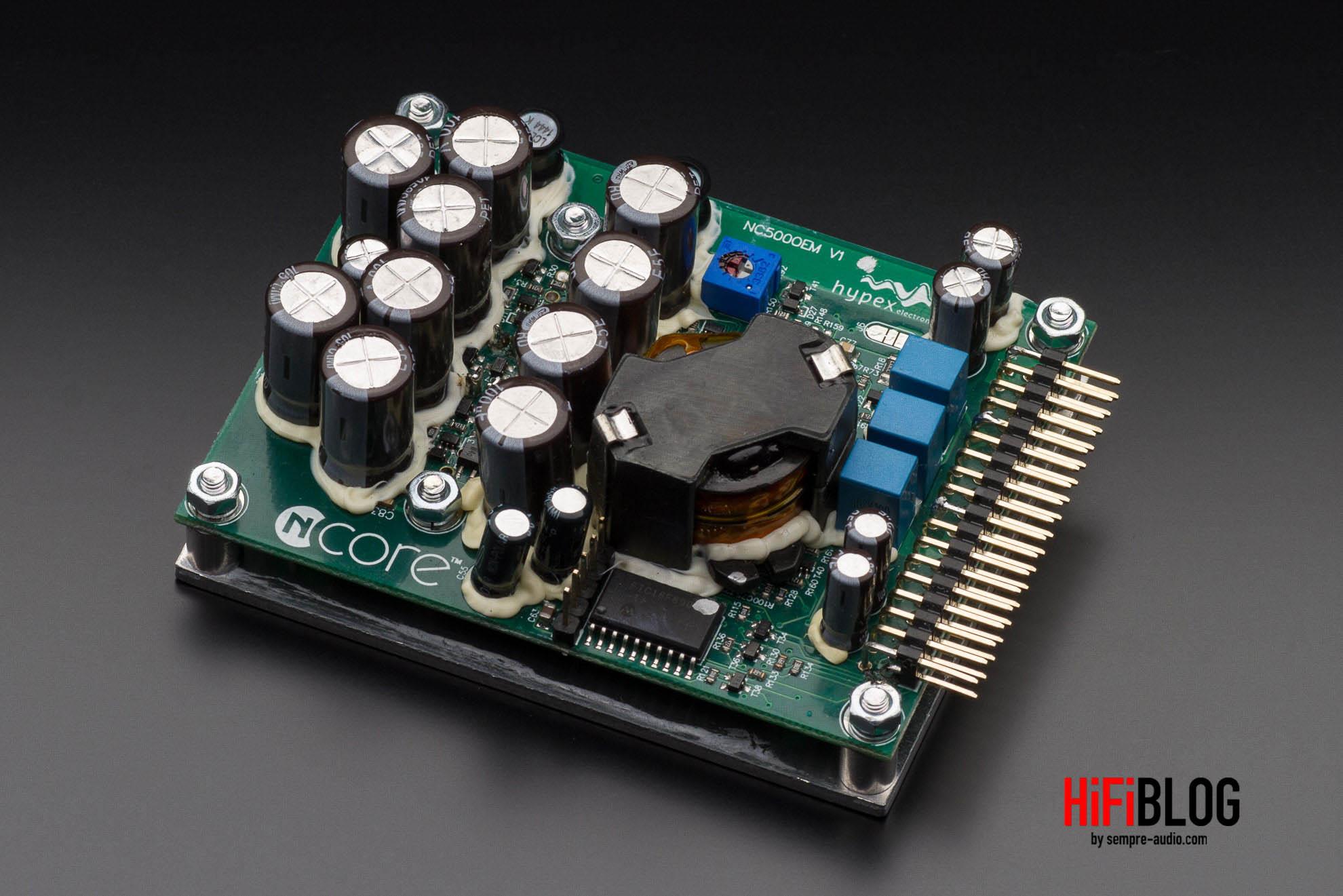 Marantz Model 30 Integrated Amplifier and SACD 30n Network SACD Player 35