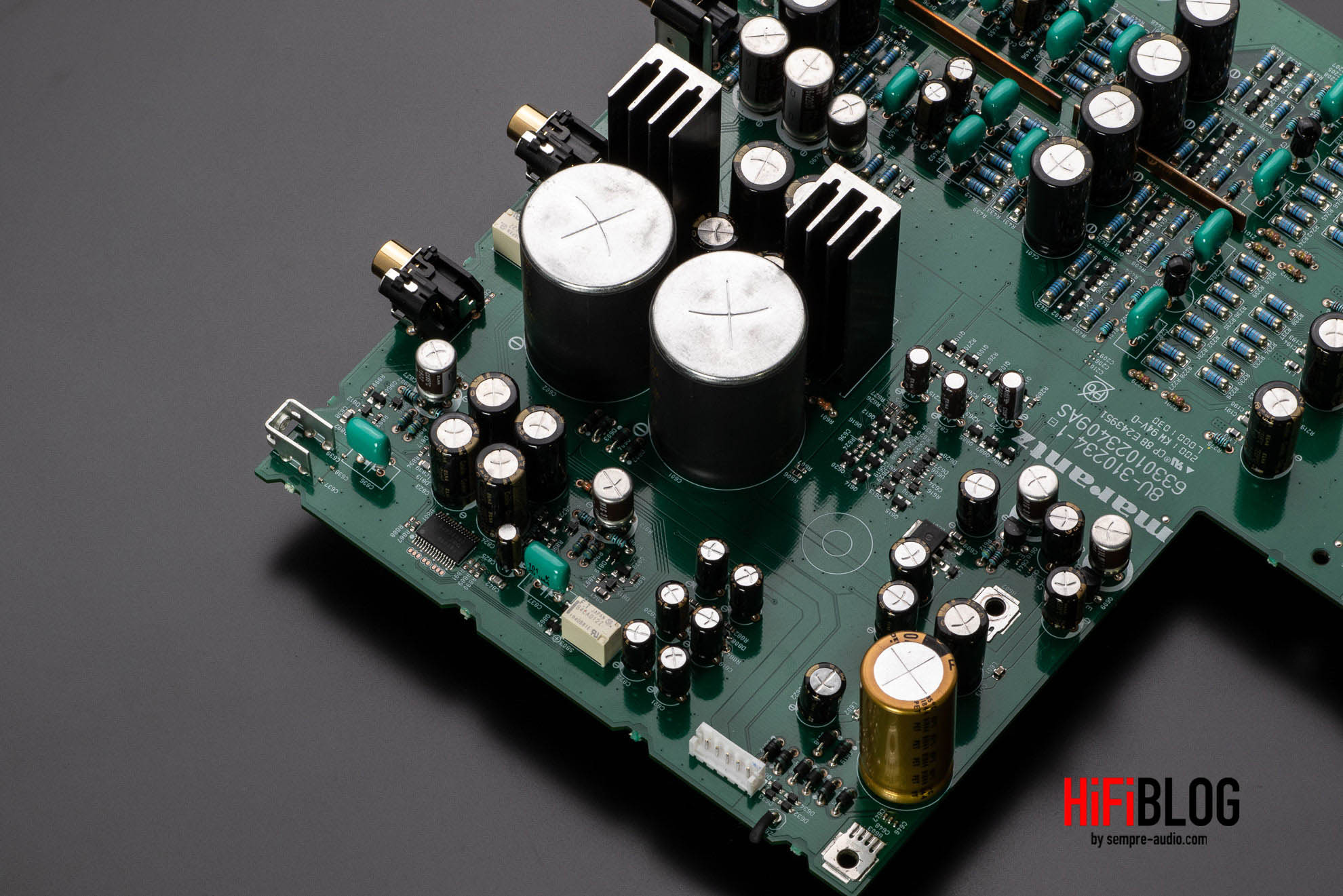 Marantz Model 30 Integrated Amplifier and SACD 30n Network SACD Player 60