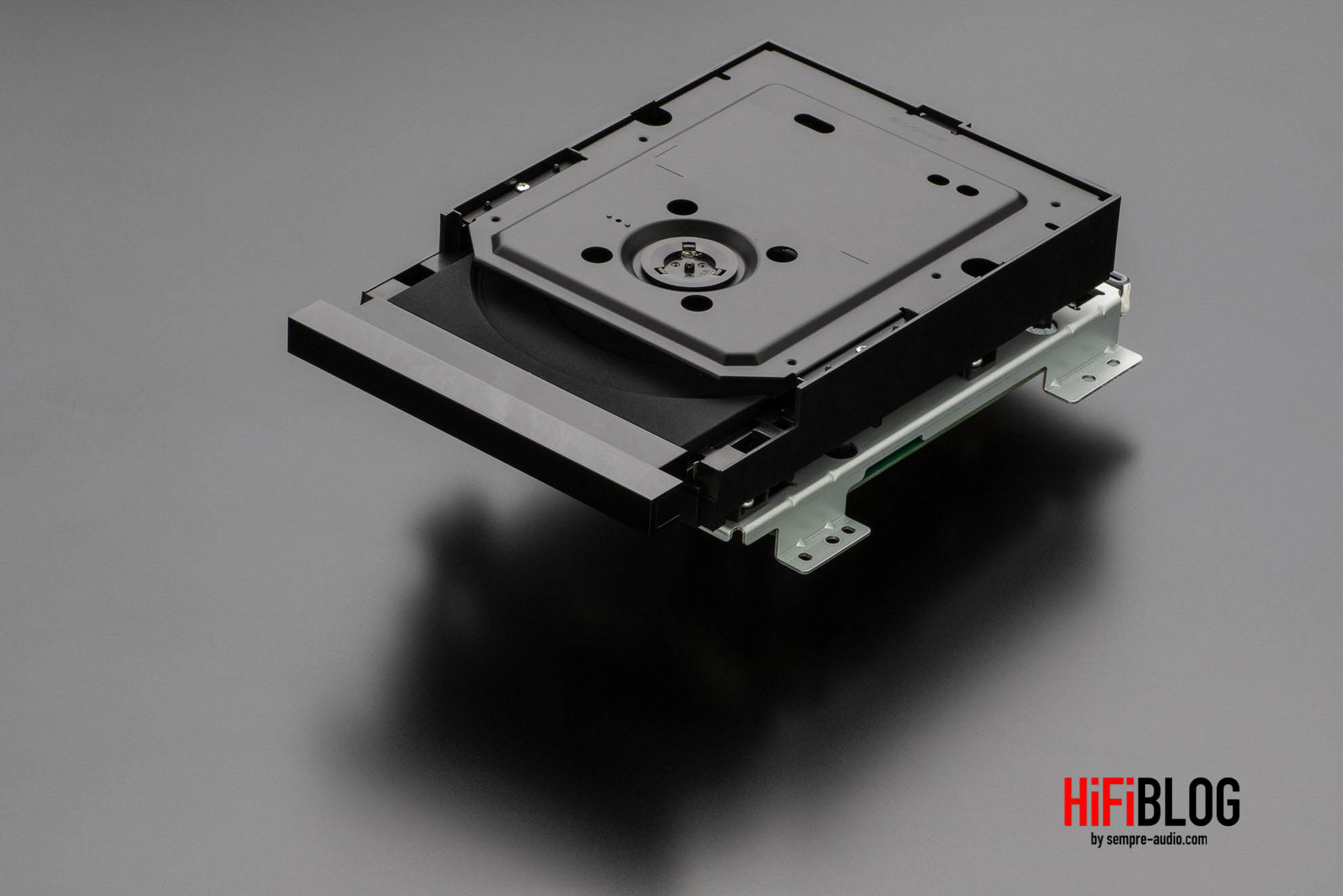 Marantz Model 30 Integrated Amplifier and SACD 30n Network SACD Player 65