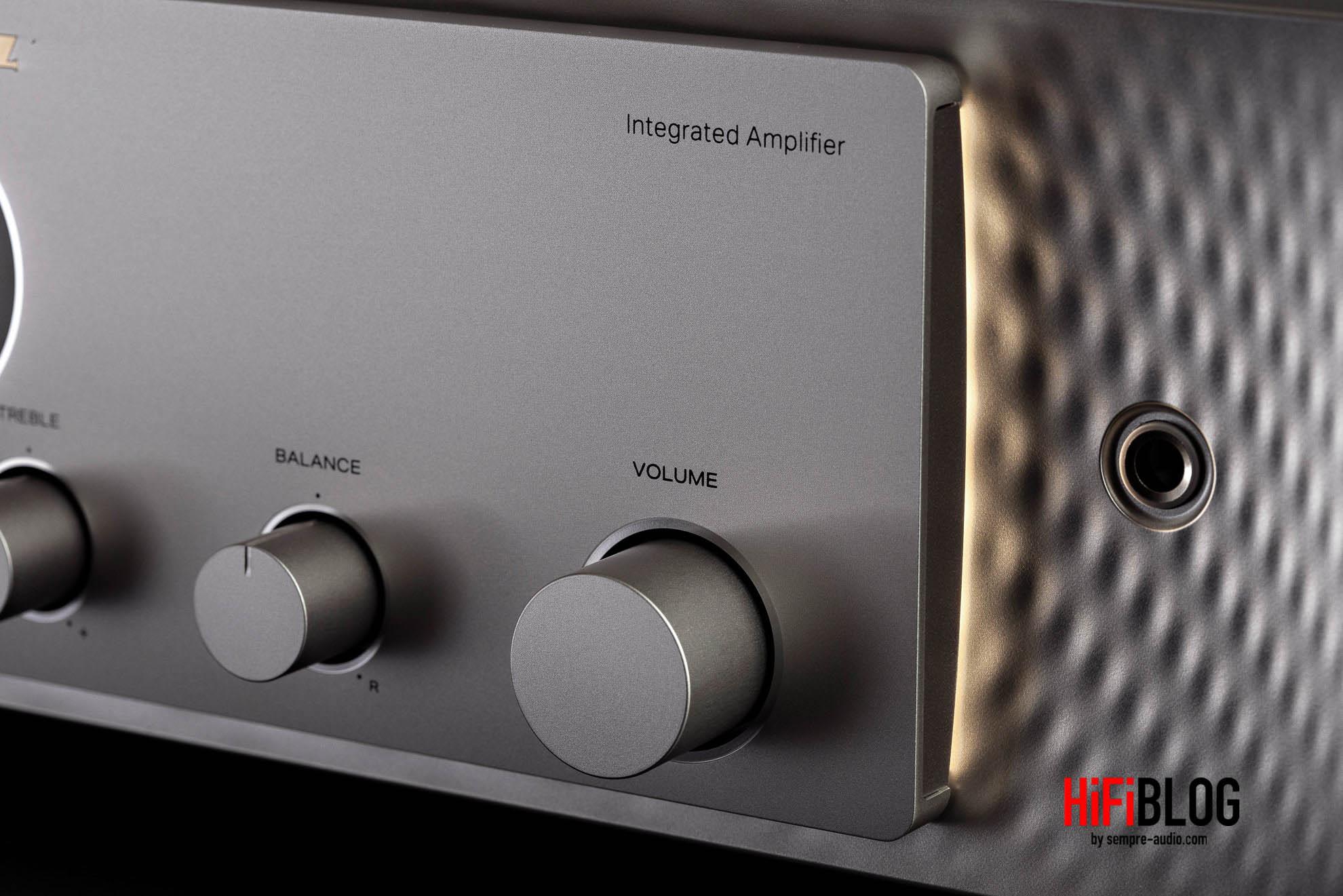 Marantz Model 30 Integrated Amplifier and SACD 30n Network SACD Player 7