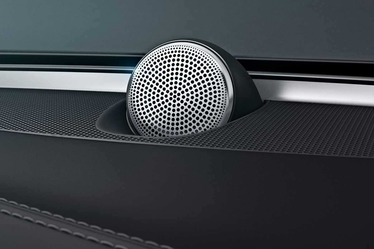 Bowers Wilkins Volvo Automotive Solutions 02
