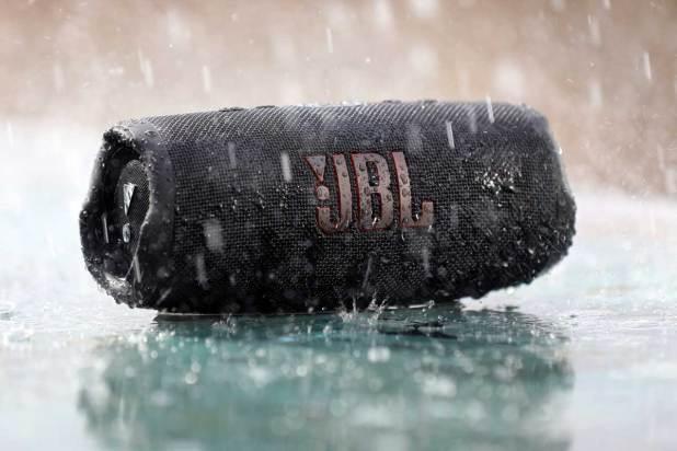 JBL Charge 5 02