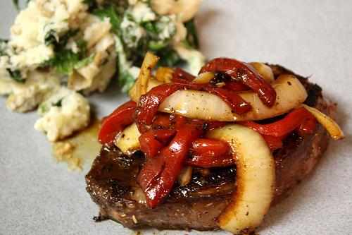 Roasted Red Pepper & Onion Steak with Balsamic Vinegar | High Country Olive Oil