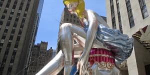 "Jeff Koons' ""Seated Ballerina"" takes center stage at Rockefeller Center"
