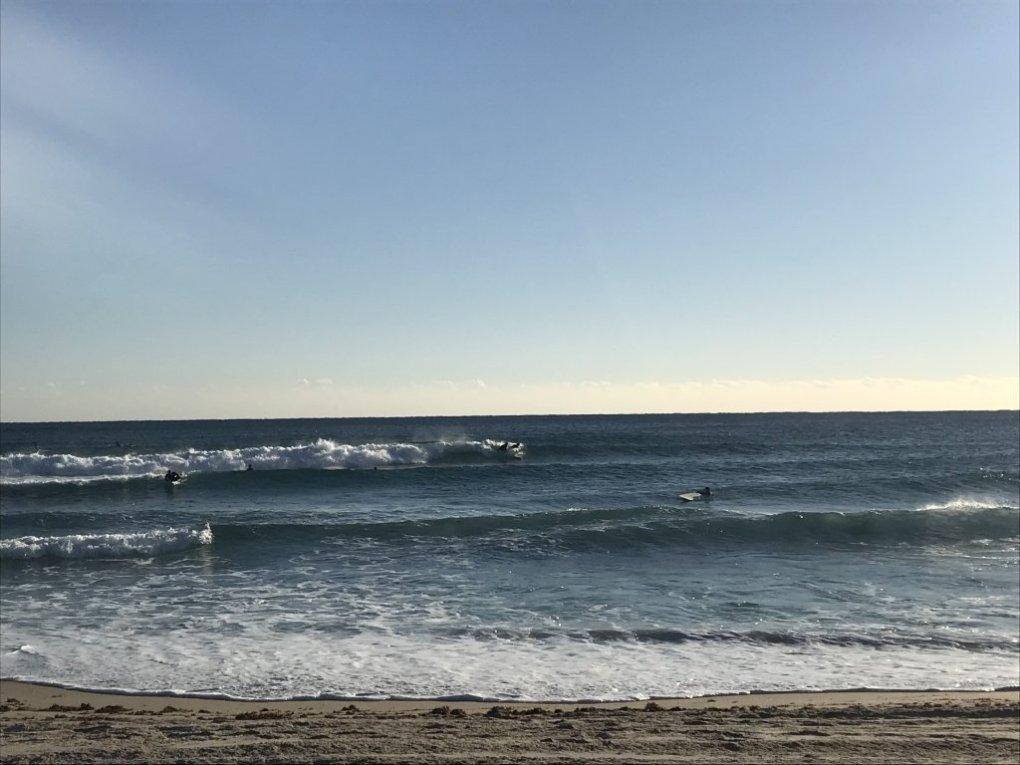 Waves breaking in Florida water