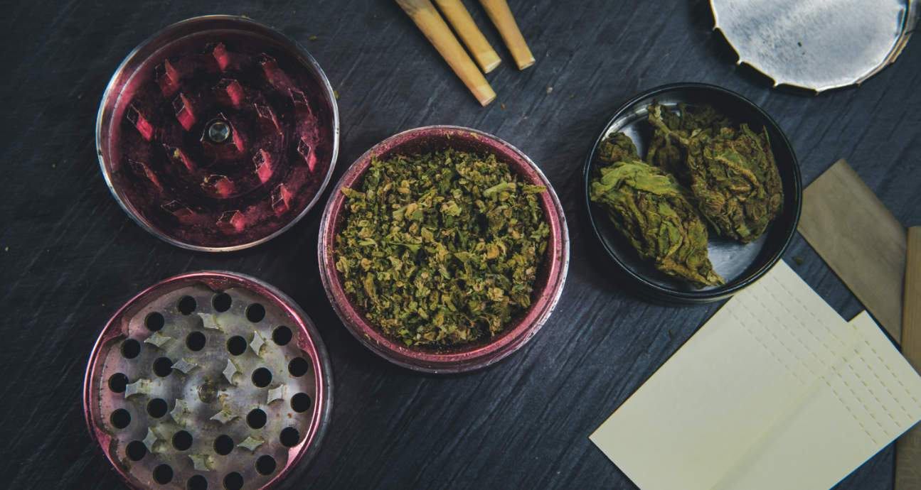 How To Clean A Weed Grinder