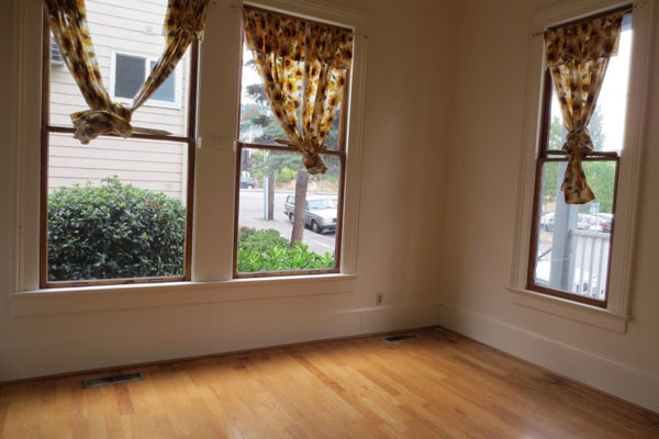 Spacious-Victorian–front-room2
