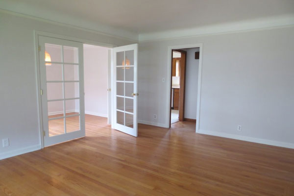 3536-SE-76th,-FosterPowell-Traditional-living-room12