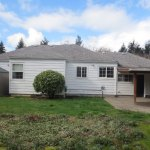 3536-SE-76th,-FosterPowell-Traditional-yard