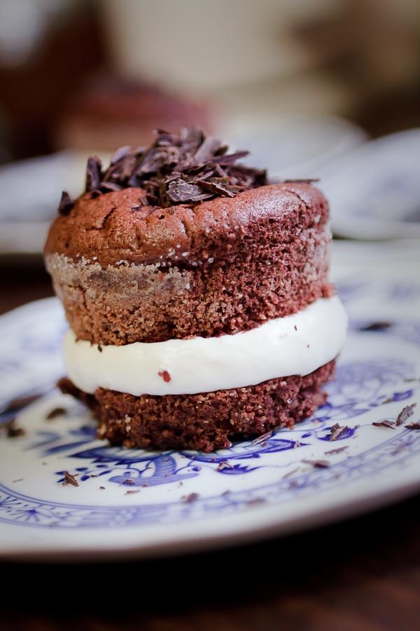 Gefüllter Schoko-Chili-Kuchen