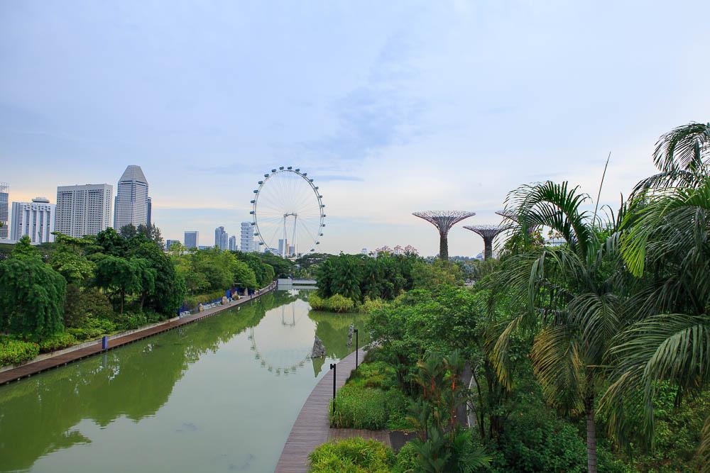 Singapore Flyer und Gardens by the Bay