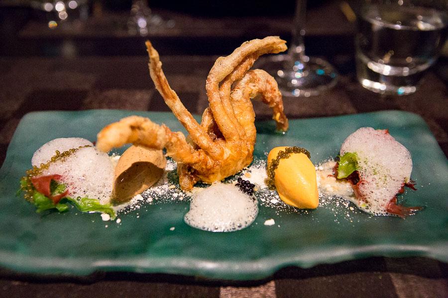 singapore-restaurant-labyrinth-1