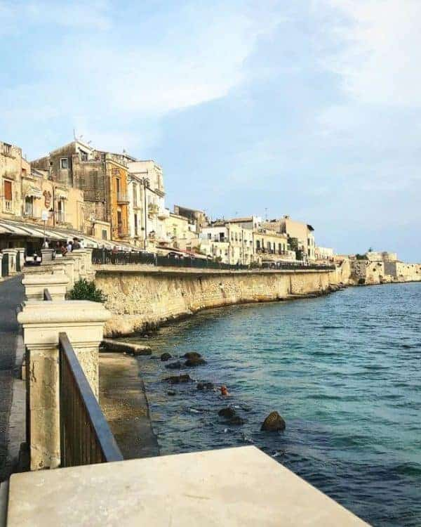 Quotes about Sicily: Syracuse