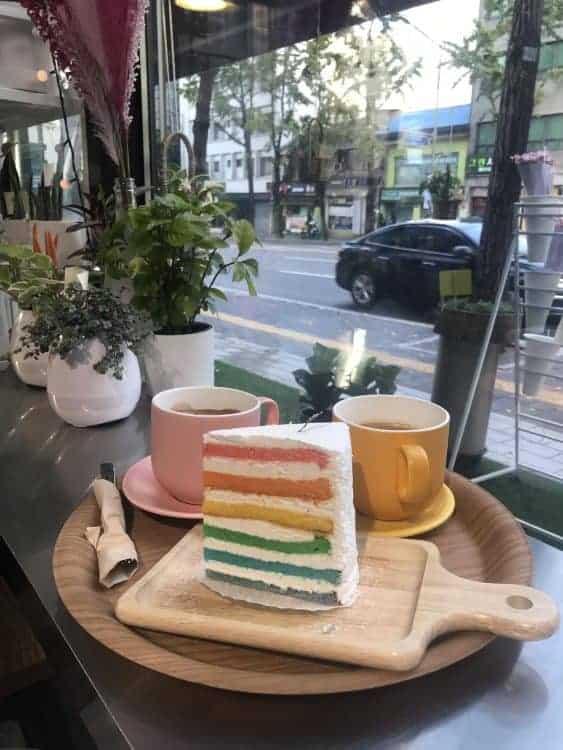 Coffee Break at The Piola Cafe, Dongdaemun