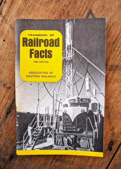 Yearbook of Railroad Facts 1969 Edition