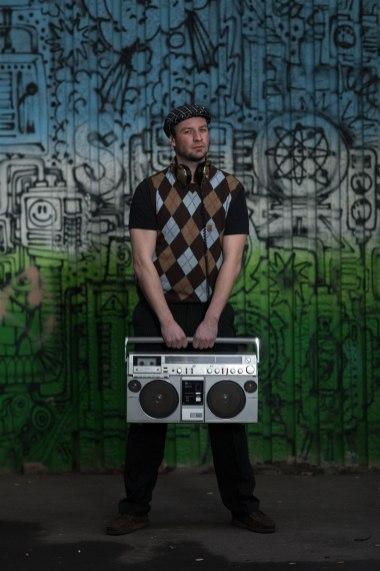 DJ_Robot_01