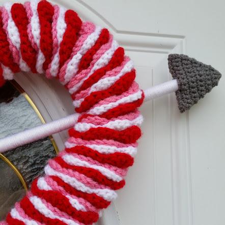 heart wreath valentines day crochet