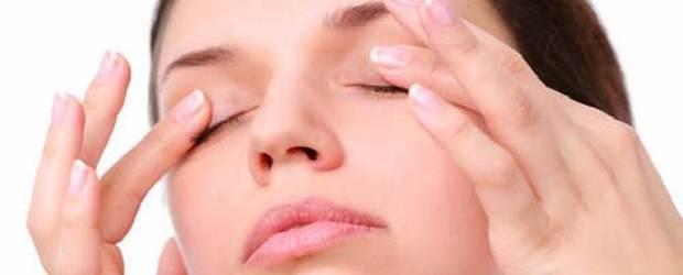 Eyebrow Stretch Exercise