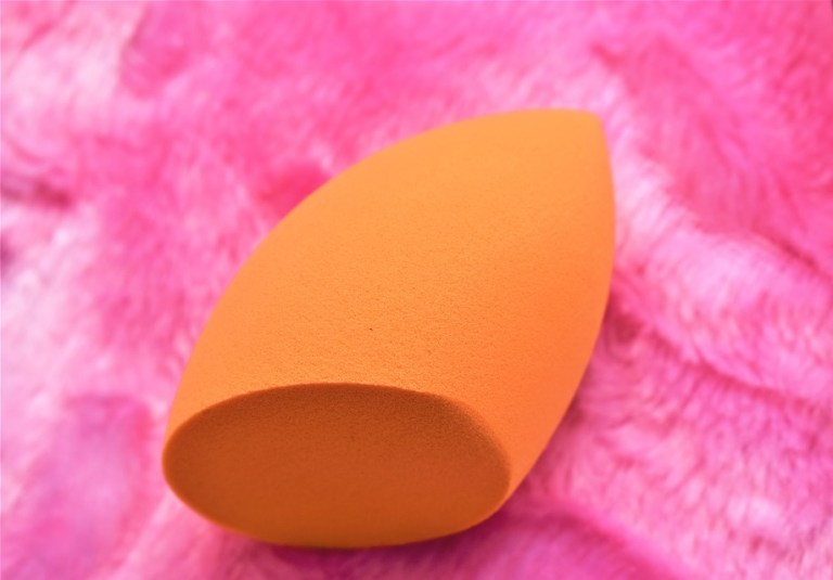 Miracle Complexion Sponge by Real Techniques #5