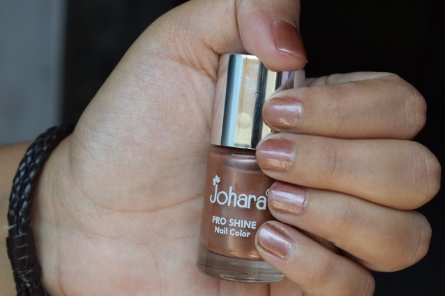Johara Pro Shine Nail Color Toffee Brown - Swatch