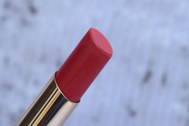 Lakme 9 to 5 Primer + Matte Lip Color - Scarlet Surge