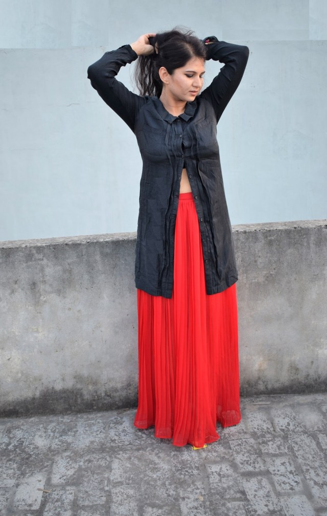Black Shirt With Red Skirt Fusion (4)