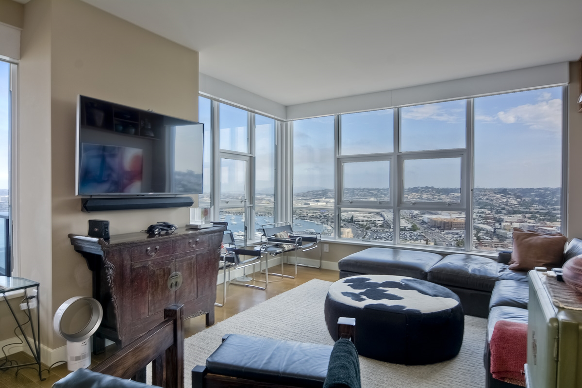 Luxury Condo At San Diegos Newest Highrise The Bayside At The Embarcadero