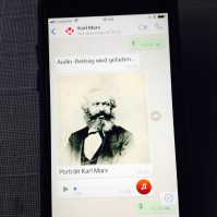 whatsapp-karl-marx
