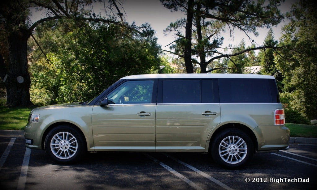 flexing the form fun factor of the 2013 ford flex sel awd hightechdad. Black Bedroom Furniture Sets. Home Design Ideas