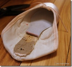 HTD-Pointe-Shoes-breaking-in-494