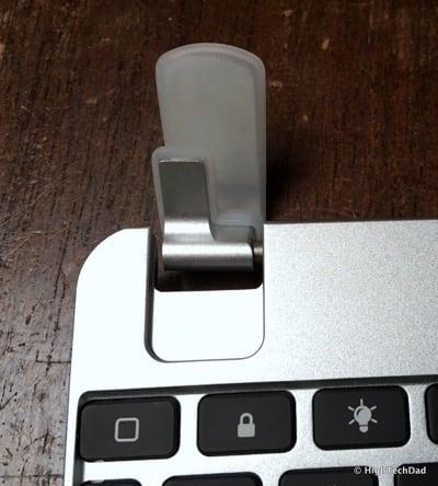 HTD Brydge Keyboard - hinge