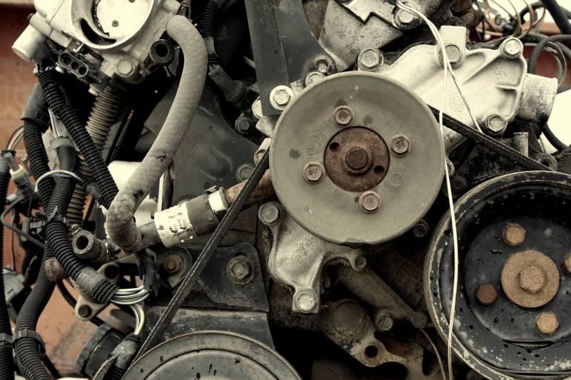 Car Winter Tips - engine belts