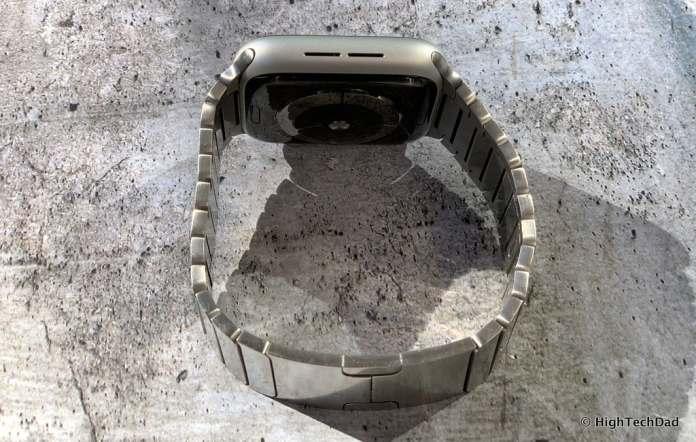 HighTechDad Apple Watch Series 4 - speaker