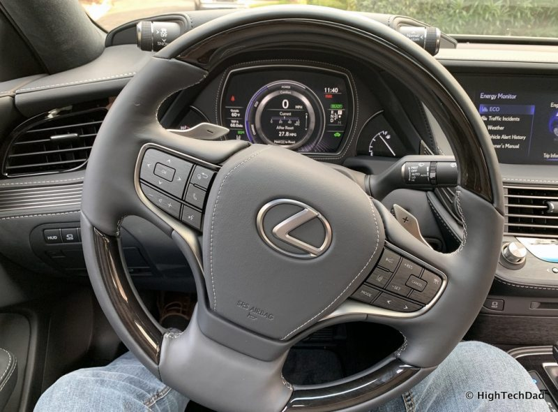 HighTechDad 2019 Lexus LS-500h review - steering wheel
