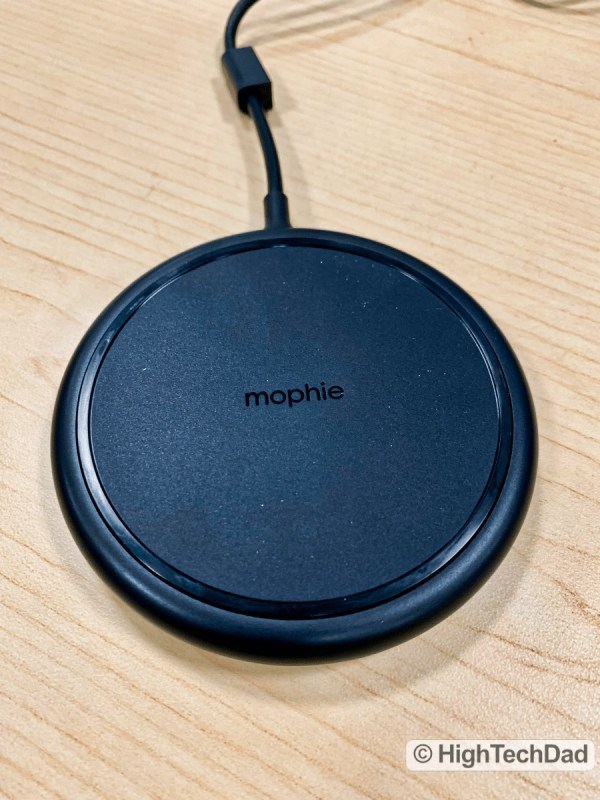 """HighTechDad Review Mophie Charge Stream Desk Stand - """"puck"""" mode"""