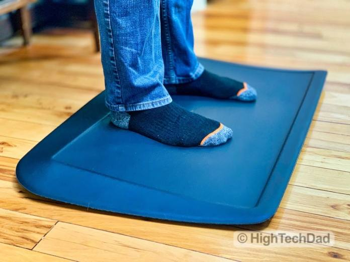 HighTechDad Review of AnthroDesk ErgoSlant Anti-Fatigue Standing Desk Mat - side view