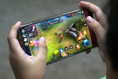 Challenging Mobile Games to Help You Pass the Time