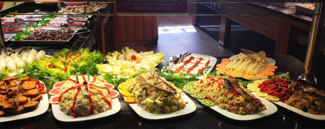 Muslim Traveler: Buffet