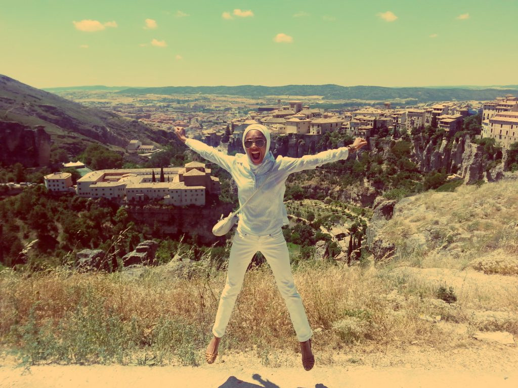 Fast while traveling: jumping in Cuenca