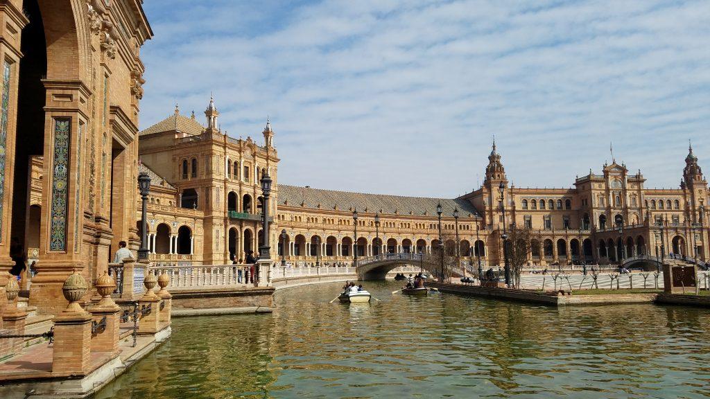 Spain Itinerary: Plaza de España