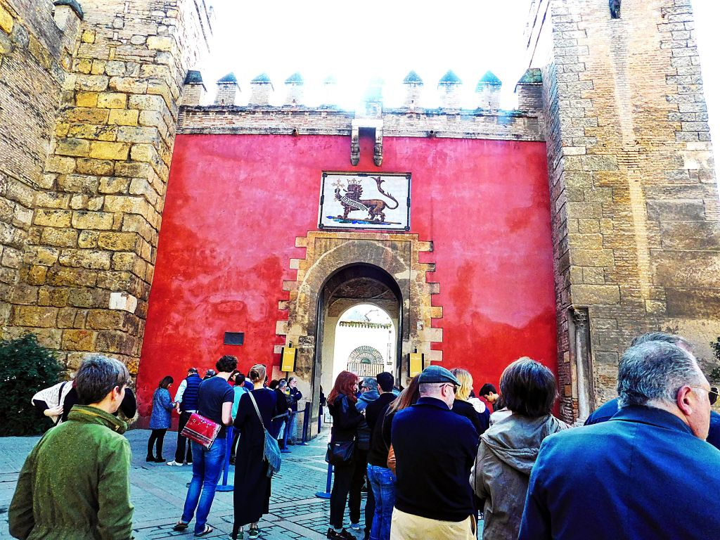 3 day guide to Seville Version halal- Real Alcazar