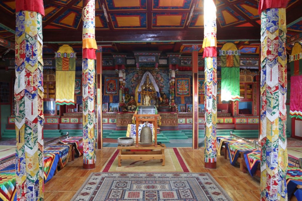 Nomad in Mongolia: Bhuddist Temple