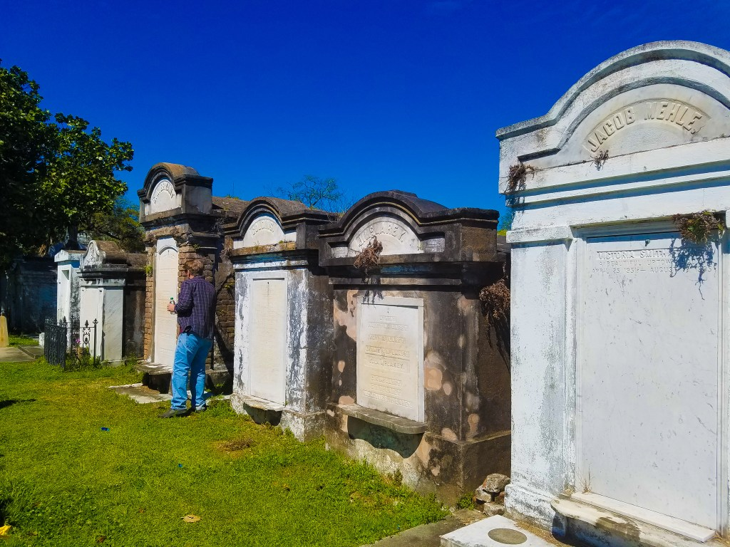 New Orleans Itinerary: Cemetery Tour