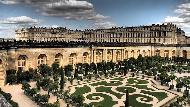 château de Versailles à proximité du GR22
