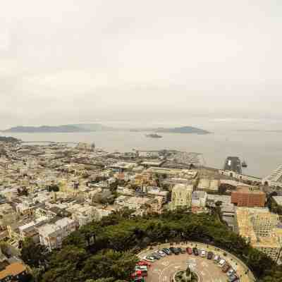 Follow the Medallions Through History on the Barbary Coast Trail – San Francisco