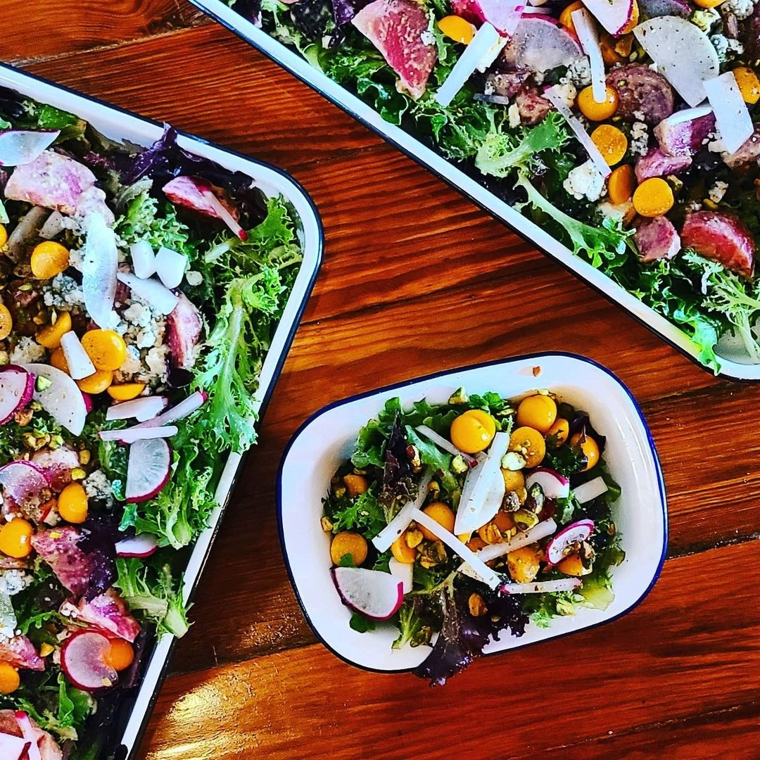 garden-salads-large-and-small-min