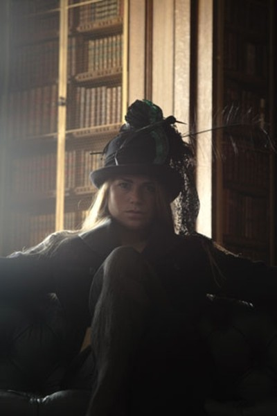 Longleat Heloise Os incríveis chapéus londrinos da brasileira Cristina Eastwood