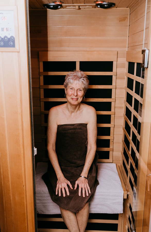 Branding-Sauna-Barbara_smiling_at_camera