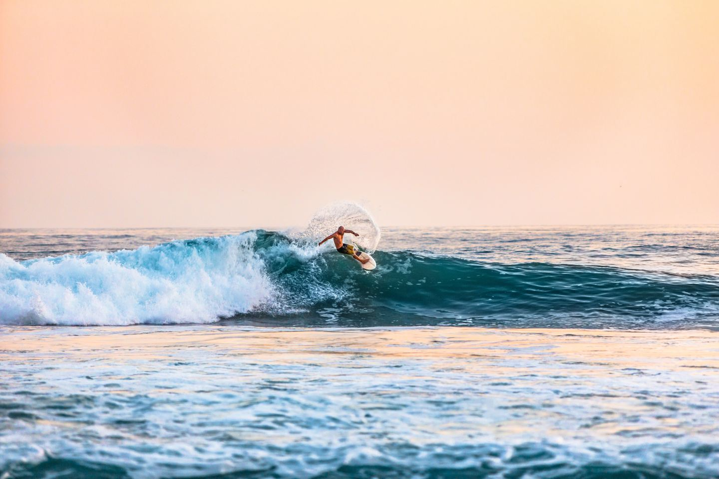 The Ultimate Surfer's Guide To Echo Beach, Bali
